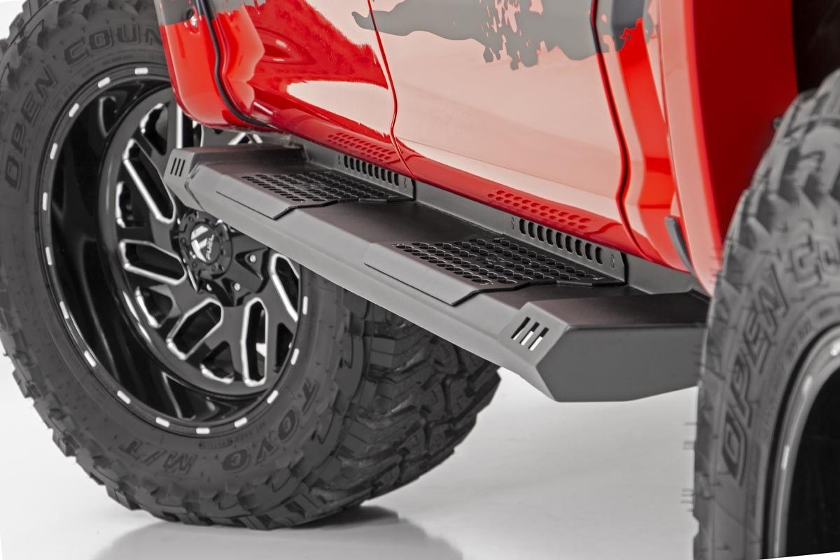 Rough Country Cab Length Hd2 Running Boards For 2007 2019